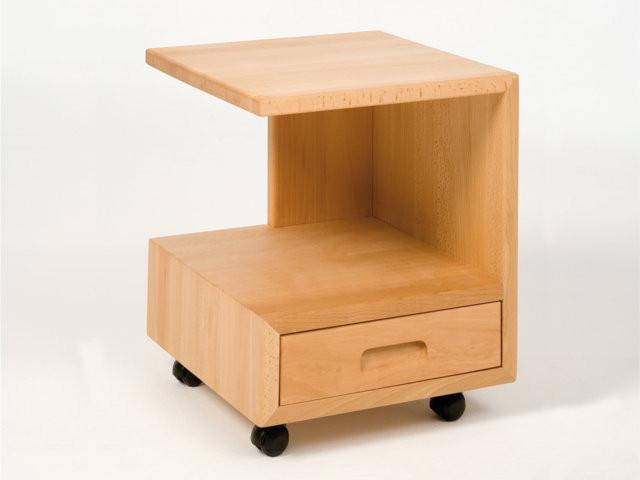 beistelltisch g form hochwertiger nachttisch aus massivholz in h chster bettkonzept qualit t. Black Bedroom Furniture Sets. Home Design Ideas