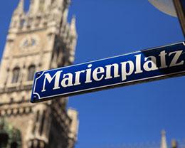 Der Marienplatz und das alte Rathaus in München
